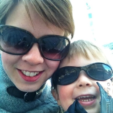 An English Mamma in Stockholm: sunglasses self portrait photo gallery